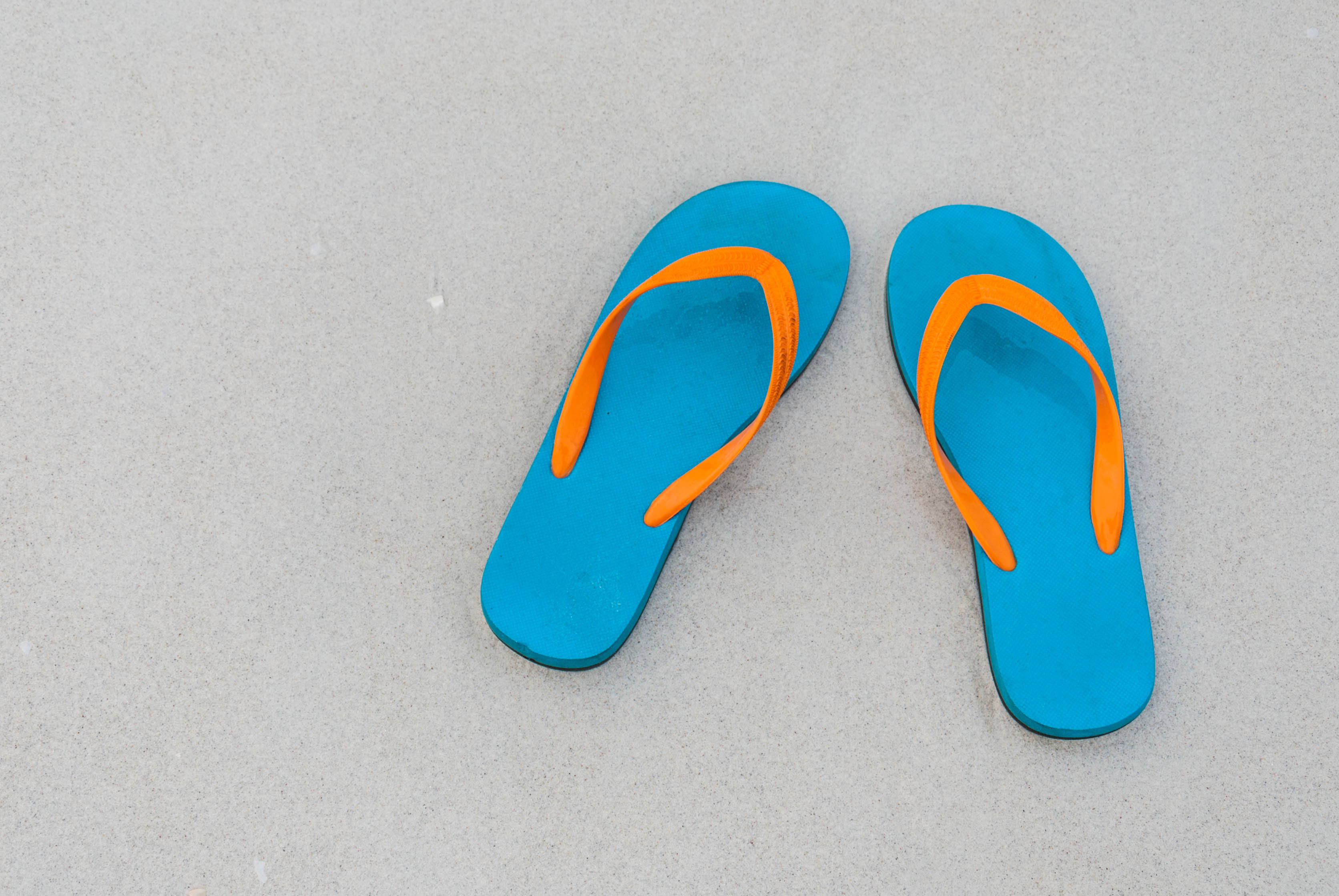 Are thongs bad for your feet?